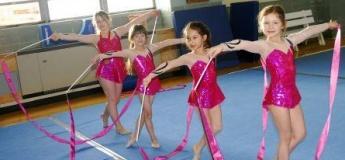 X'mas Rhythmic Gymnastics (5+yrs)