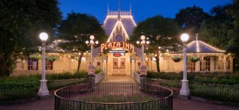 Plaza Inn in Hong Kong Disneyland